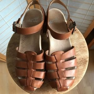 Dansko clog ankle strap Sandals brown leather 38